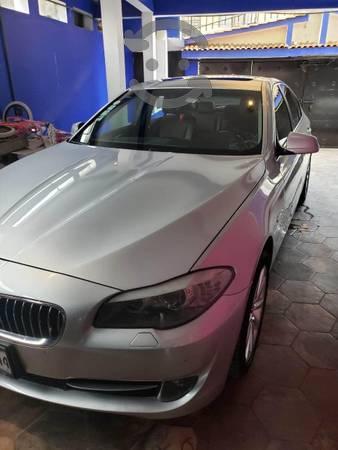 Precioso BMW 528i