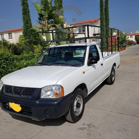 Nissan pickup  gas lp, gasolina